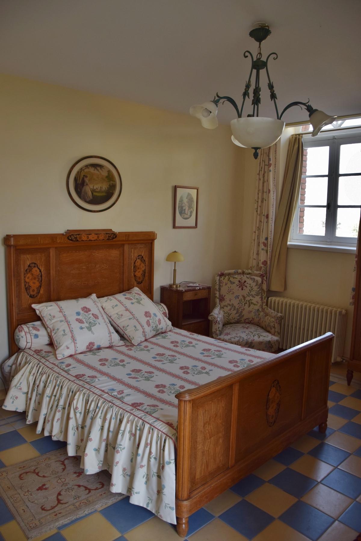 domaine de virieux chambre d hotes loire 32 copie le domaine de virieux. Black Bedroom Furniture Sets. Home Design Ideas